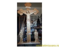 Troite din lemn sculptate manual